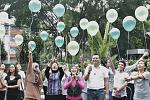Pelepasan balon setelah acara #YogaHealthyFriends